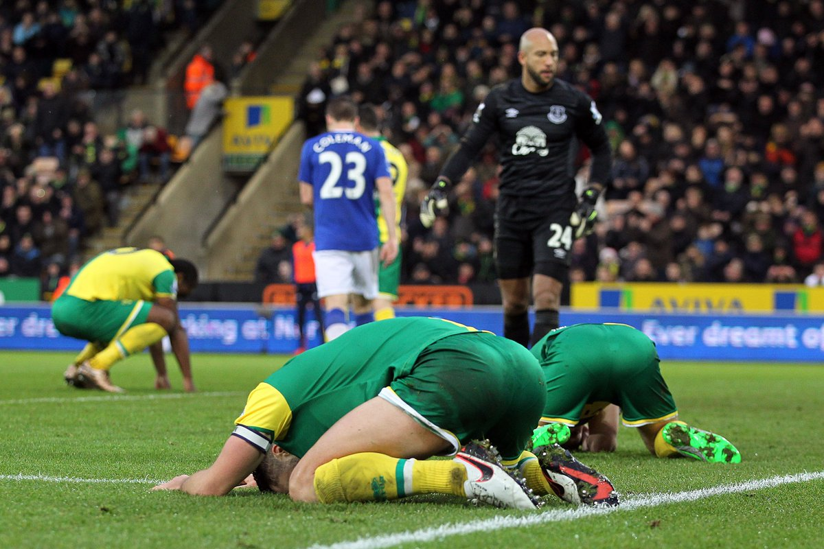 Rarely does a picture sum up a moment better... #ncfc #miss #pinkun https://t.co/yMV285pc4V