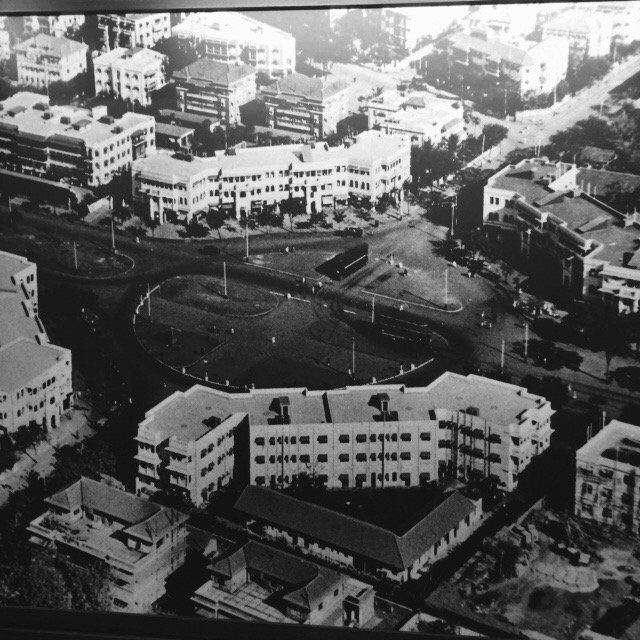 This is how Dadar TT looked in 1920s - all the four buildings exist even now. This is for you @IndiaHistorypic https://t.co/8NbJCqf71J