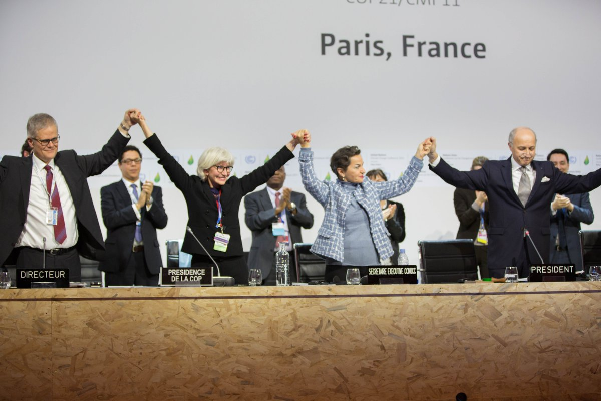 PRESS RELEASE - 195 nations set path to keep temperature rise below 2°C https://t.co/84QyKq2sbp #ParisAgreement https://t.co/WTihJdvU13