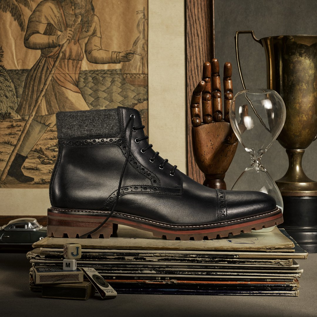 Last Chance! Day 12 of 12 DAYS OF #GIVEAWAYS is the Karnes Cap Toe Boot! Enter to Win: https://t.co/7xf844piZq https://t.co/fwDb73inPL