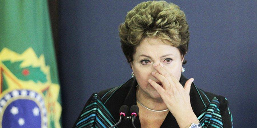 Masiva protesta en Brasil exige la destitución de Dilma Rousseff https://t.co/QCUOcZeSht https://t.co/8AA0usFbk5