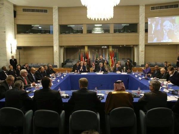 #ليبيا_الآن مقررات مؤتمر روما: وقف فوري لأطلاق للنار، توقيع اتفاق المصالحة السياسية الأربعاء https://t.co/ge7EEOphBz