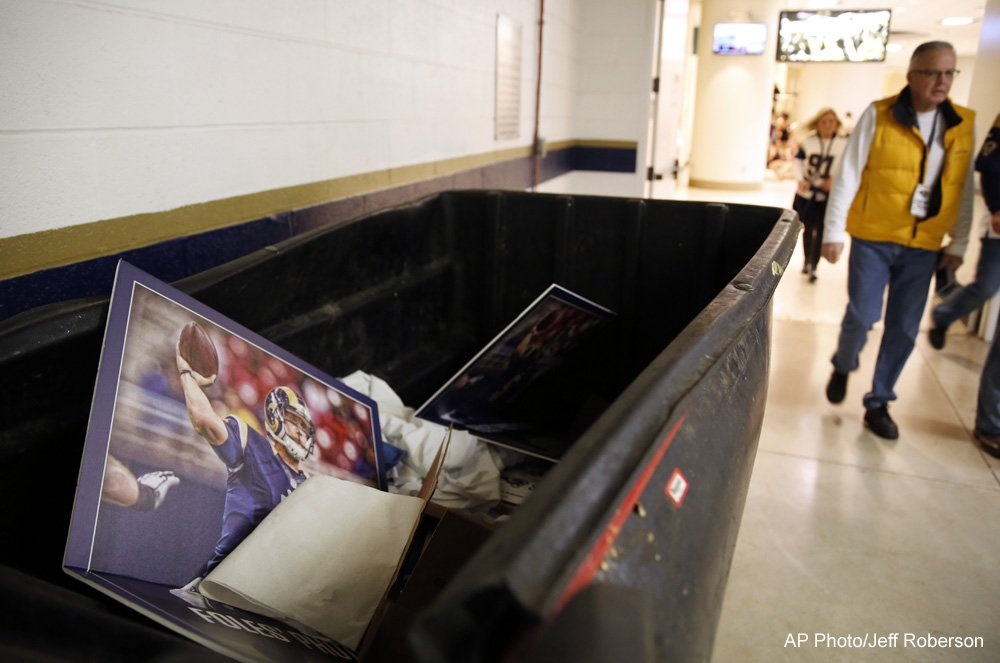 Poster of Nick Foles - in the trash, outside the Rams locker room. Burn. https://t.co/2vYHmYJ8BL