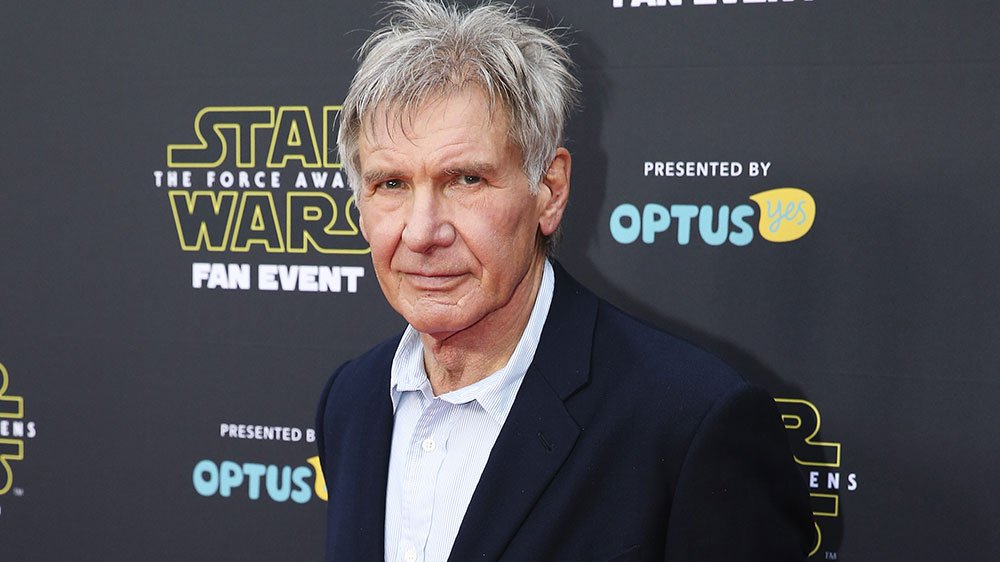 Harrison Ford sneaks into Star Wars: TheForceAwakens event, surprises fans