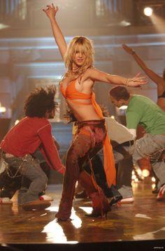 Babyyyyy don't you wanna vote with me? #MTVStars Britney Spears @hannahspears https://t.co/9ThGW6yfbK