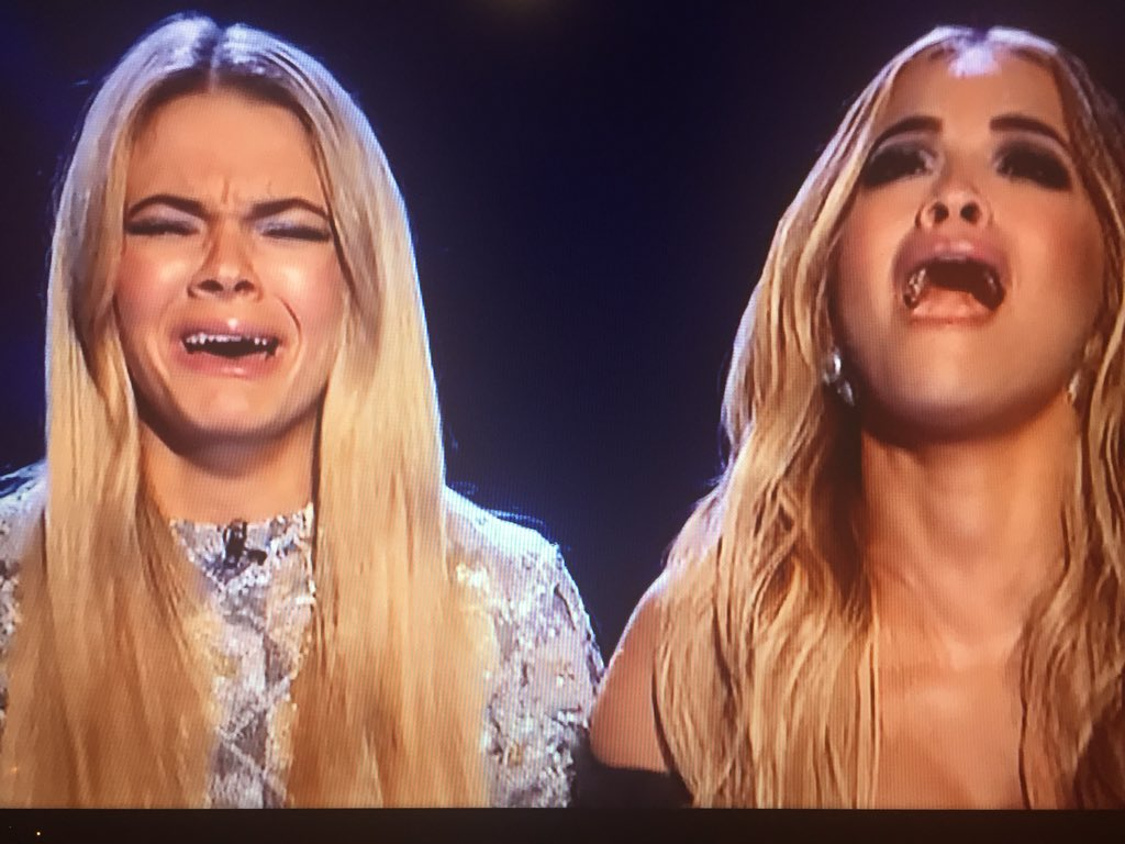 Their reaction @RitaOra @louisa #XFactorFinal https://t.co/iWVDkwThac