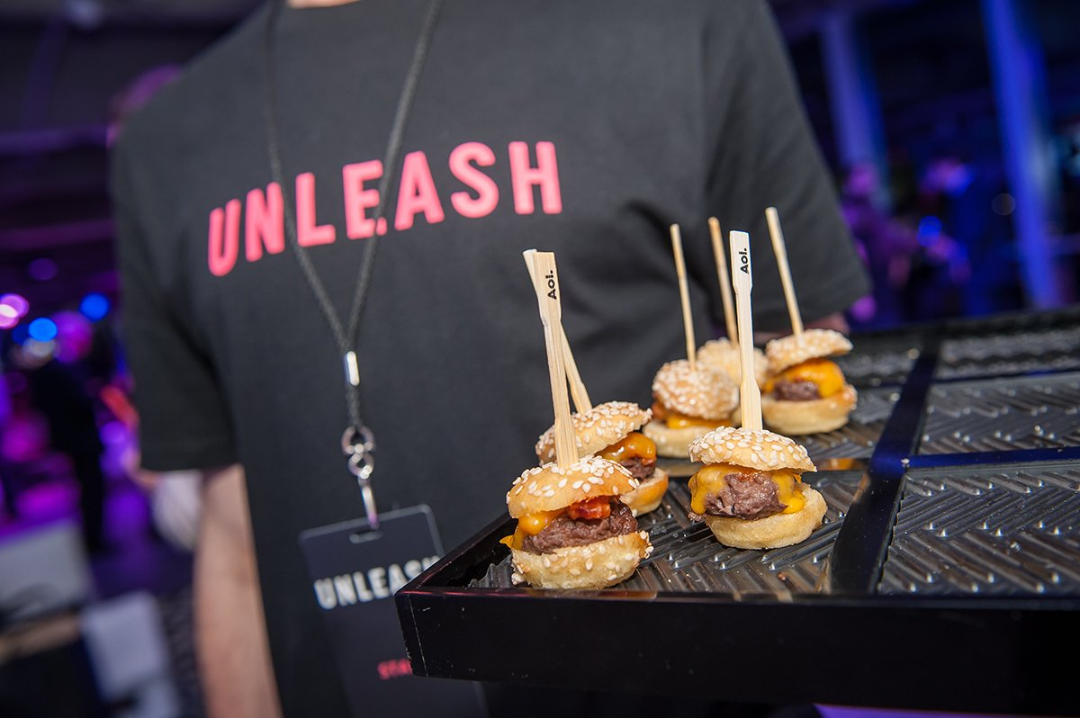 Six Event Food Trends to Crave in 2016: https://t.co/3sQGkn2Dn6 (Shoutout to @AOLAdvertising) #eventprofs https://t.co/LKDPrSLgGT