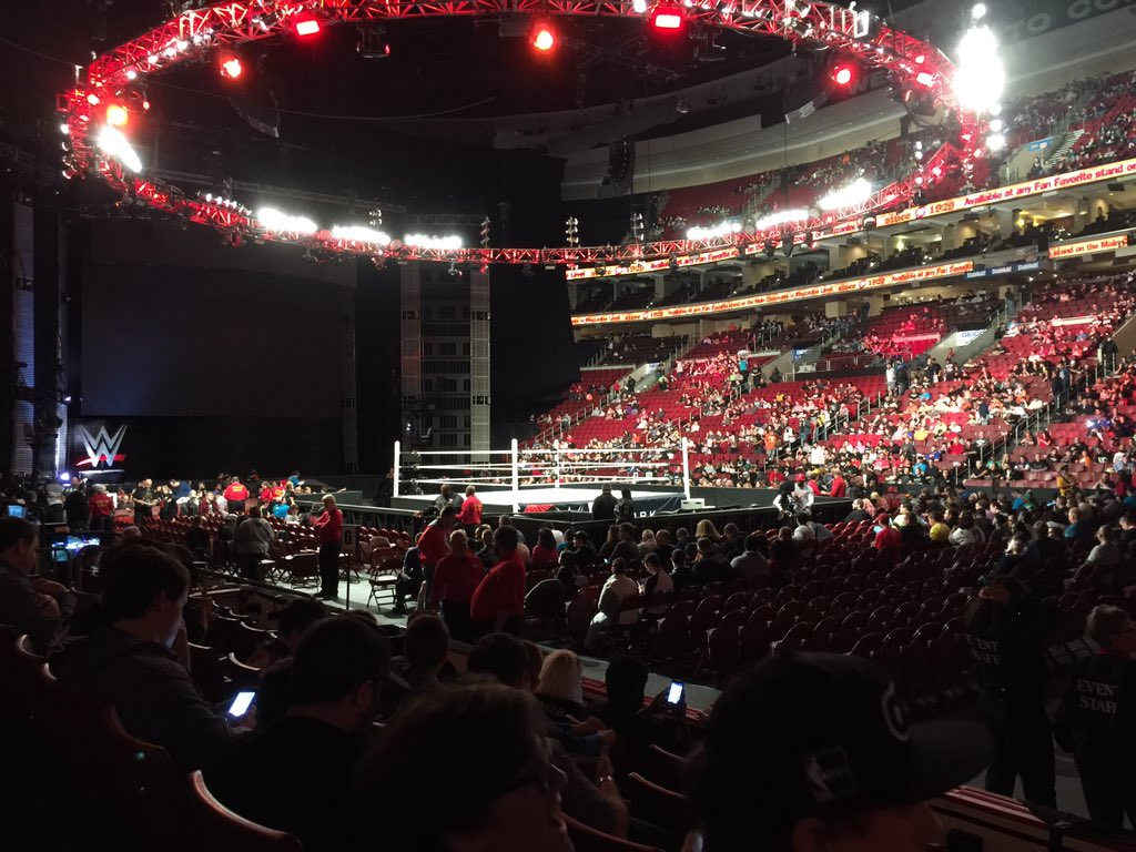 @RobynSchall I'm at #RawPhillly #raw #wwe tonight https://t.co/a47INEc0Nd