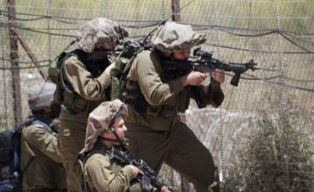 Israeli Soldiers Open Fire On Farmers In Central Gaza https://t.co/G0jxw2D5oF https://t.co/SAFyda4N1Q