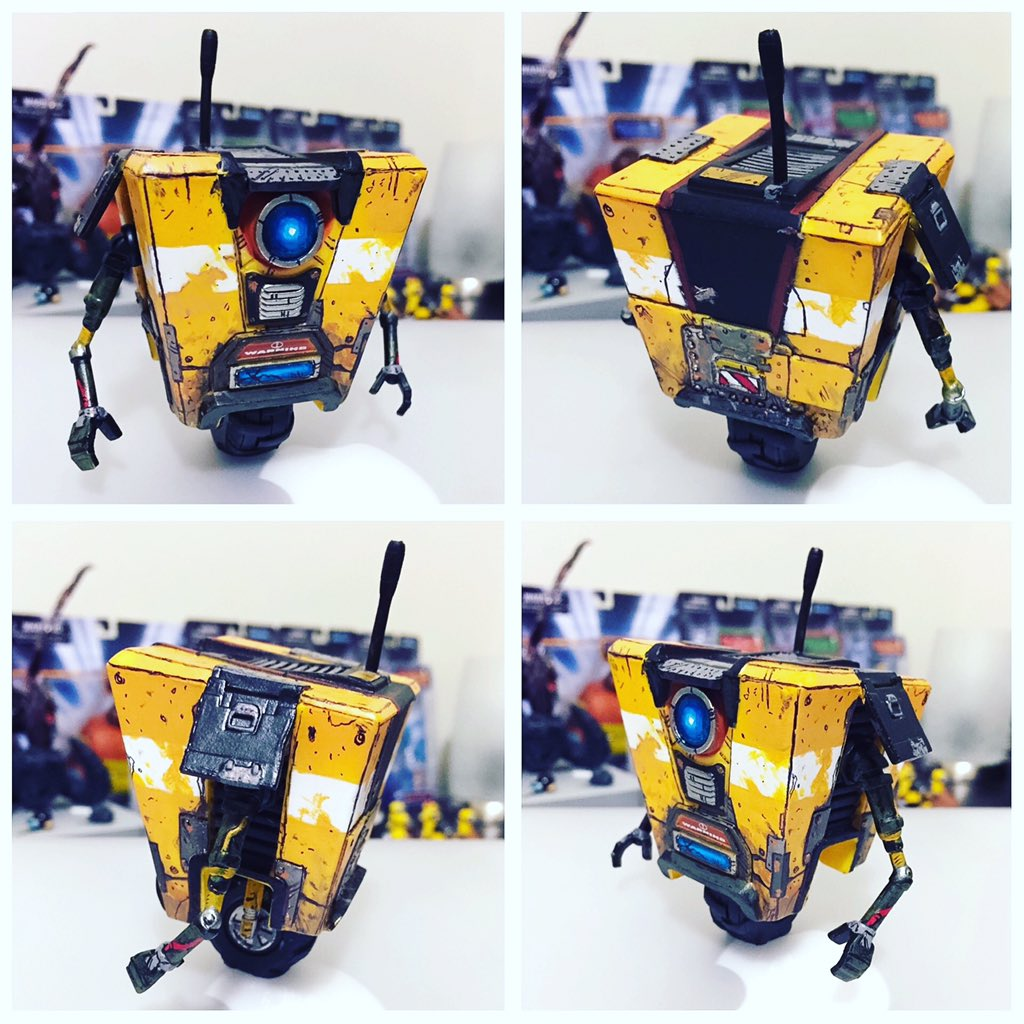 Painted my #Claptrap #Pop! The other week. #borderlands @GearboxSoftware https://t.co/173qFyybOH