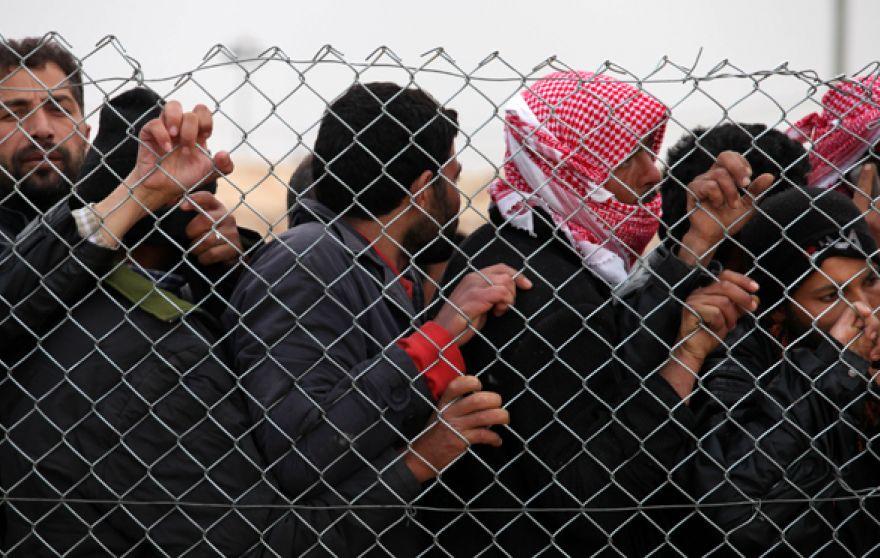 Турции не хватает выделенных ЕС денег на решение проблем беженцев