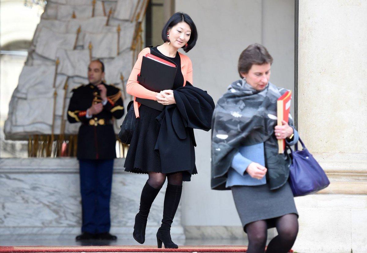 Fleur Pellerin veut lancer un «festival de Cannes» des séries télé https://t.co/Xkz9XzsG2C https://t.co/ZdvAKFihXG