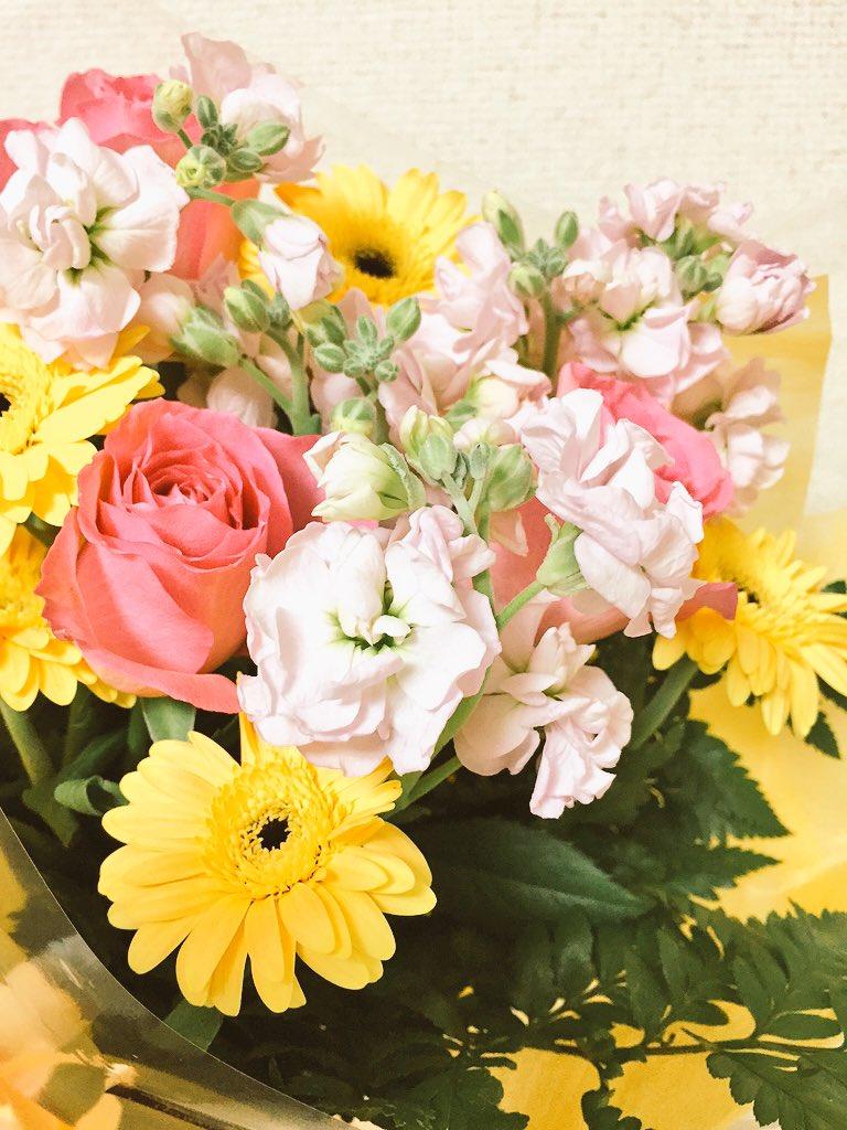 *庶民サンプル*ありがとうございました…!最終回のアフレコではお花を頂き、いつも通り、涙を流しました。隣を見たら「もらい