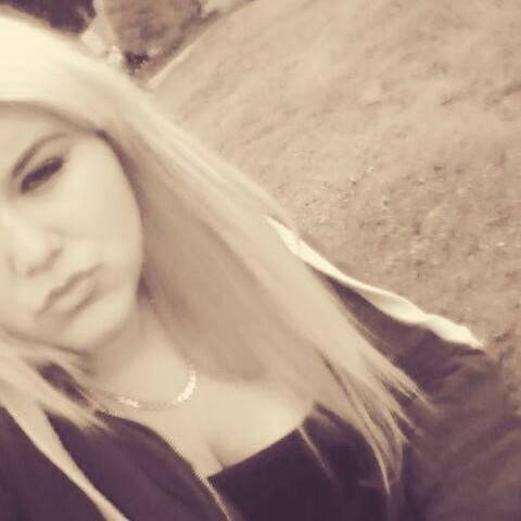 Have you seen #missing 15-year-old girl Courtney Purcell? #Staveley #Chesterfield https://t.co/oStumB4fMM https://t.co/pe4N5hf4FK