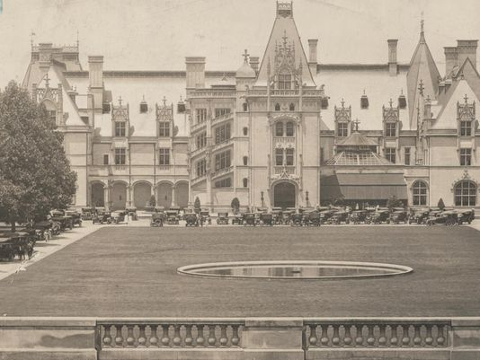 Today in Asheville history: Vanderbilt opens Biltmore Estate. https://t.co/K1tzxU88kK #avlnews https://t.co/0KvOVyx7yV