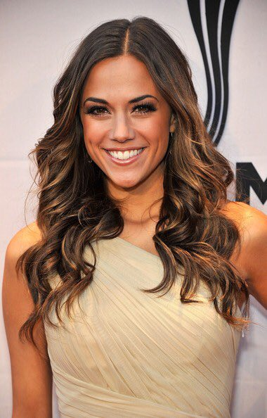 Congrats @kramergirl! #igottheboy has been named one of the best songs of 2015 by the New York Times! #BB1079 https://t.co/qKmRDzvcEZ