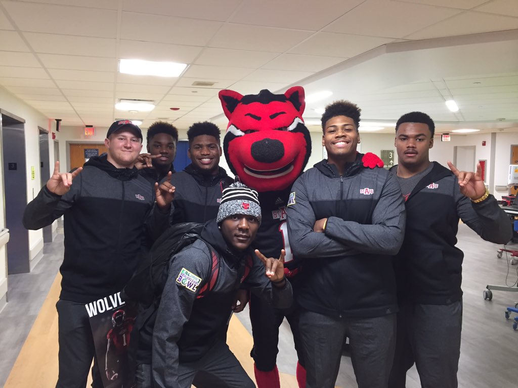 The @RedWolvesFBall team stopped by Children's Hospital in #NOLA to spread some #WolvesUp spirit! #RLBowl https://t.co/hqCZsfGOKr