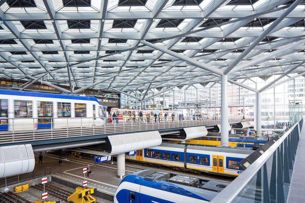 Maandag 1 februari 2016 wordt Den Haag Centraal officieel geopend! #mijlpaal #DHCverbindt > https://t.co/9Kqu2nUN2g https://t.co/LSv1DLFcV0