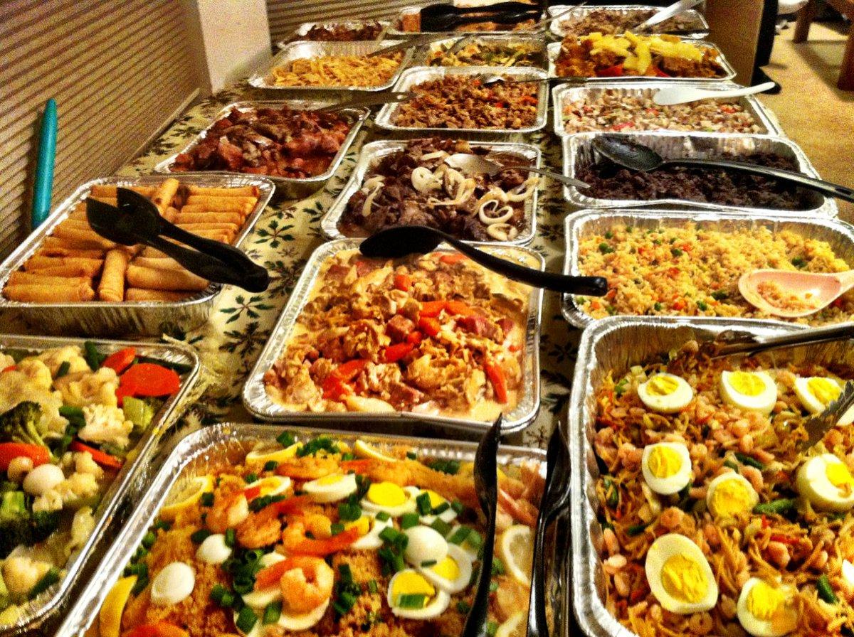 #TGIF Thank God It's Filipino Food! @filipinofood https://t.co/qUjAJQA9Gq
