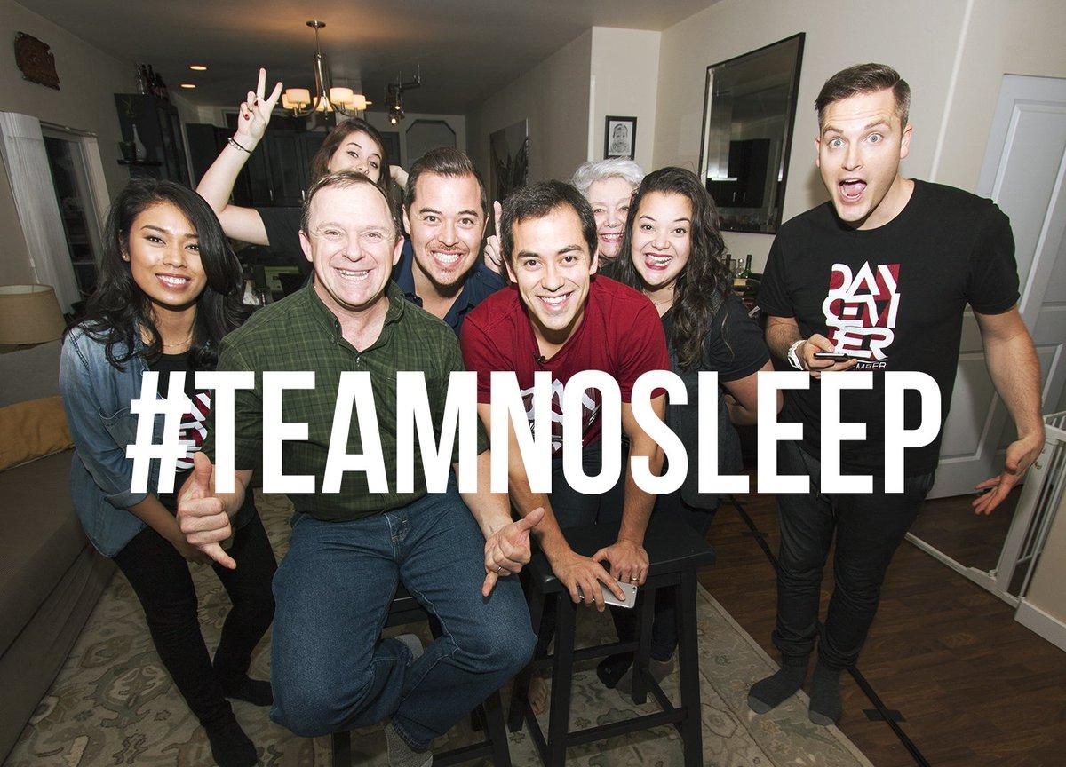 Night squad. #TeamNoSleep #Dancember https://t.co/KQKJVJNG5t