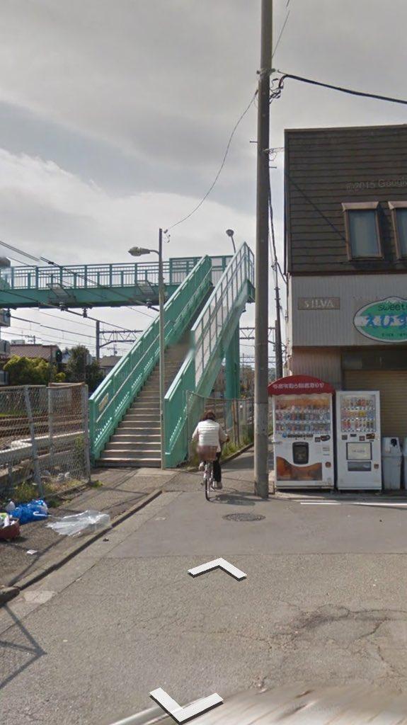 「Googleマップ使用の車...この先橋が狭くて通れません」 路地に立てられた親切な看板が話題に