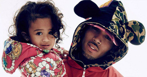 Surprise! Chris Brown brought his daughter Royalty out onstage during his concert: