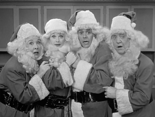 @tcm @NoralilFores Not from a movie, but #RealSanta (four of them, actually) from ''I Love Lucy'': https://t.co/y8kFnae4MB