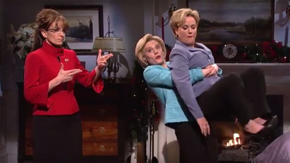 Watch: Tina Fey, Amy Poehler bring Sarah Palin, Hillary Clinton back to