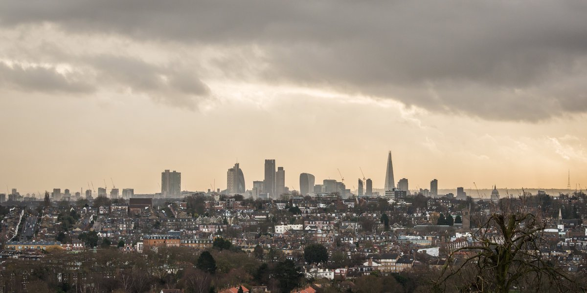 I never get bored of the fantastic view from @Yourallypally even on an overcast day in December #London https://t.co/WqEVqffBqV