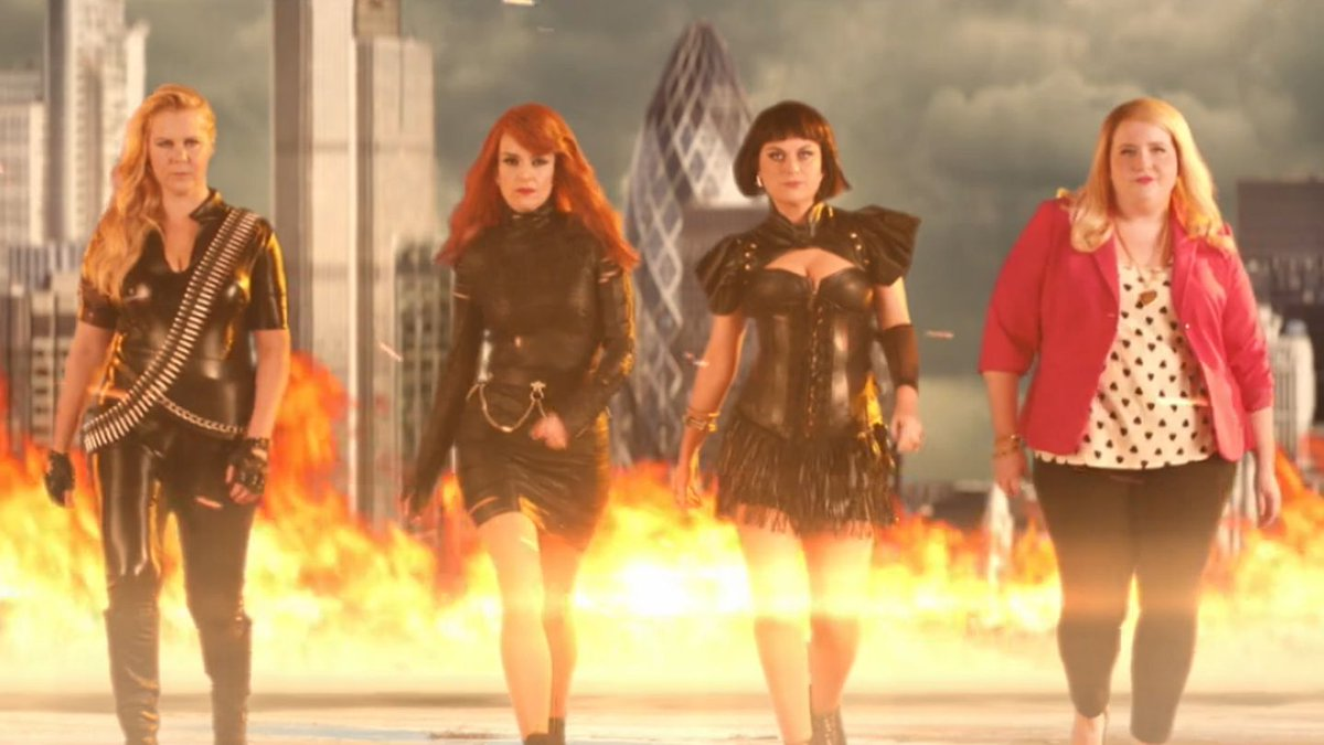 Tina Fey and Amy Poehler Brought Their Bad Blood To 'Saturday Night Live'