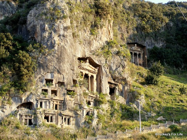 On our #Fethiye Must Sees & Dos list - Fethiye's Lycian rock tombs. https://t.co/CGJCNNcGtH https://t.co/5F7UNX3ZAr