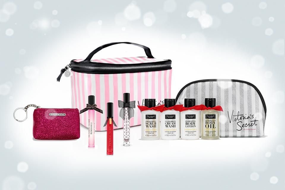 Home for the holidays made easy with these jet-set-friendly #VSBeauty gifts. #TisTheSecret https://t.co/tO2f3FovdH https://t.co/BzM4ZriXNo