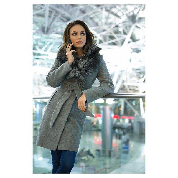 Фото классика: девушка в пальто, аэропорт , романтичные разговоры ❤ Встречаю своего любимого летчика  с гастролей) https://t.co/zMXCc4UhcY