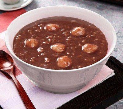 12月22日!今日の韓国は冬至の日です。韓国語で冬至は동지(トンジ)と言います。ここ韓国では팥죽(パッチュ/小豆粥)といって、小豆で作ったお粥を食べる風習があります。それで今日、おしるこを食べる日!です(^^) #韓国 https://t.co/QneijLayha