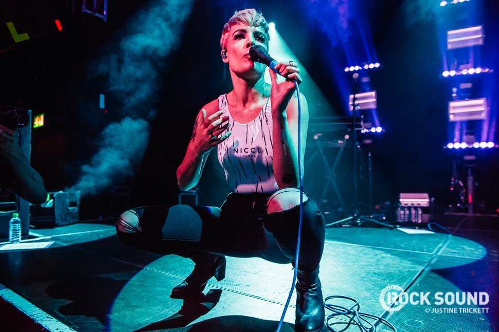 Best International Newcomer:1. @halsey2. @ATC_BAND3. @BABYMETAL_JAPANFull list: https://t.co/wmHI...