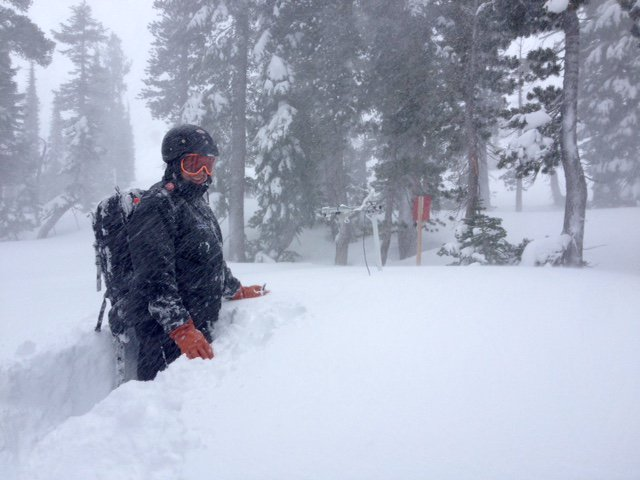 """Meet Will. Our Avalanche Control Director who is 6'3"""". He just called in 21"""" since 5pm last night. Still. Snowing. https://t.co/g21dSbeHz9"""