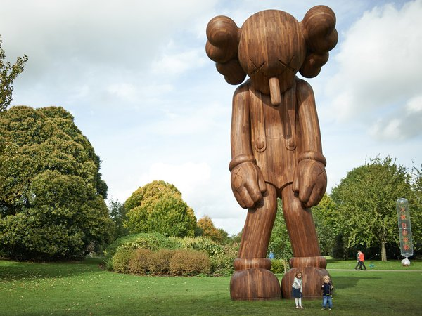 Opening next month #MartinParr @HepworthGallery & #KAWS @YSPsculpture. Get planning your visit to #Wakefield! https://t.co/zHoXyQwIJY