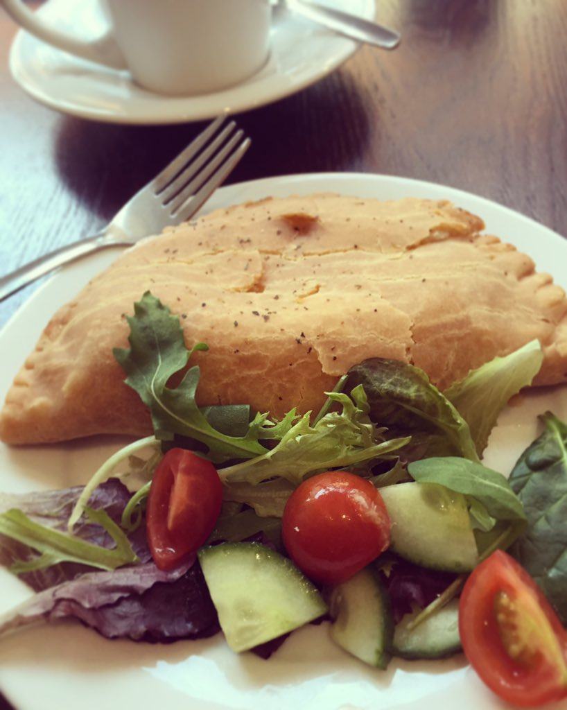 Enjoyed lunch at the new Gluten Free Cafe in #Norwich courtesy of @NflkGlutenFree - delicious cheese & onion pasty! https://t.co/SyBnzOblnl