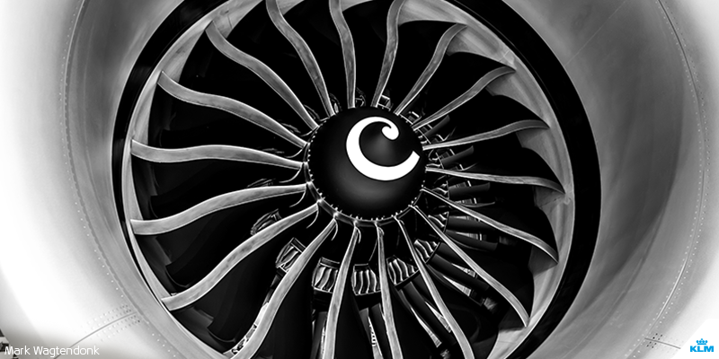 Do you know the purpose of this spiral marker in an aircraft engine?