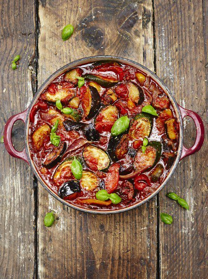 A humble, #healthy and hearty vegetable stew AKA #ratatouille for today's #RecipeoftheDay: https://t.co/5I7p3nuwlC https://t.co/YYNLgPALon