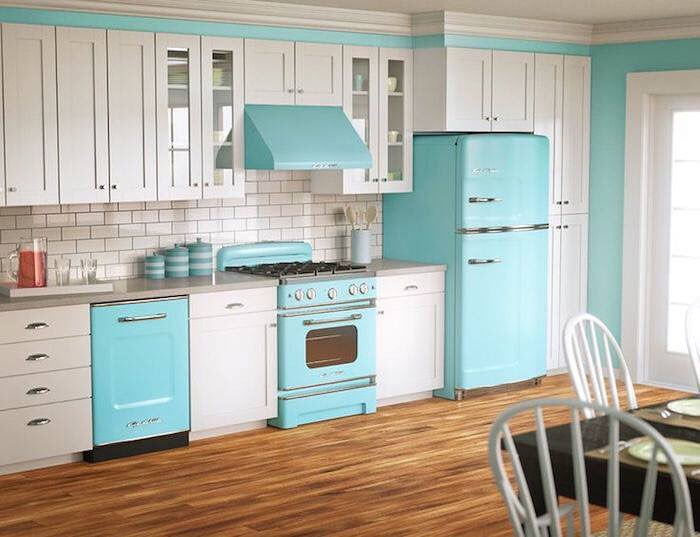 How to Use Vintage Kitchen Design Ideas in your Home. Whether you love the retro colors or… https://t.co/Rpu76WdQWH https://t.co/axWgflwR8l