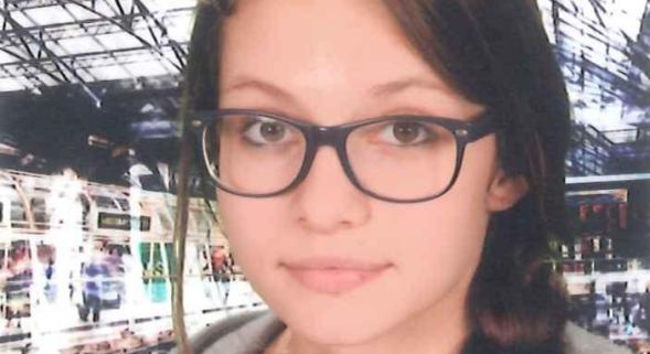 #PERONNE La jeune Clémence, 14 ans, est introuvable depuis lundi. RT please  https://t.co/nB6oE7N7nr https://t.co/uy9lWYWgYZ