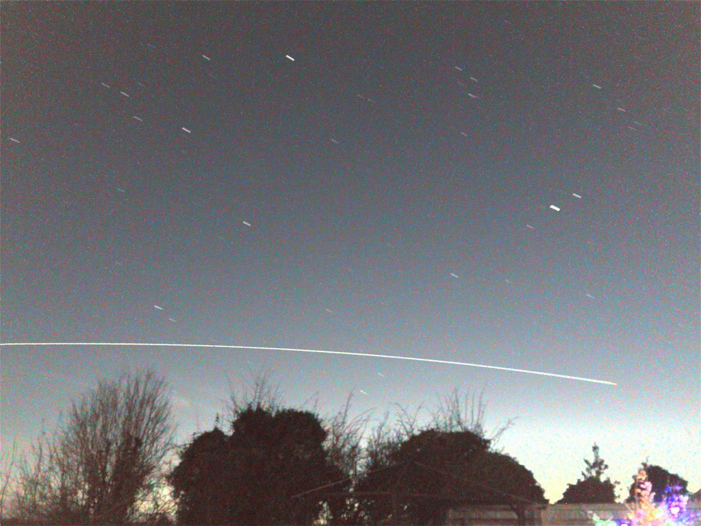 Epic flyby by you-know-who, doing a dry run for tonight :)  @VirtualAstro https://t.co/97IXnS06Bi