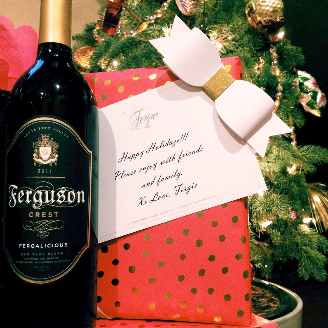 RT @FergusonCrest: The #bestwines r the ones we drink w/#friendsandfamily. #happyholidaze #fergie #christmaseve https://t.co/nWzgnIFYvg htt…
