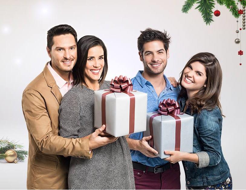 ¡De todo corazón les deseamos una muy Feliz Navidad <3! @_CristianRivero @GianeKNM @sancheznataniel @AndresWieseR https://t.co/0PHv1uH1ci
