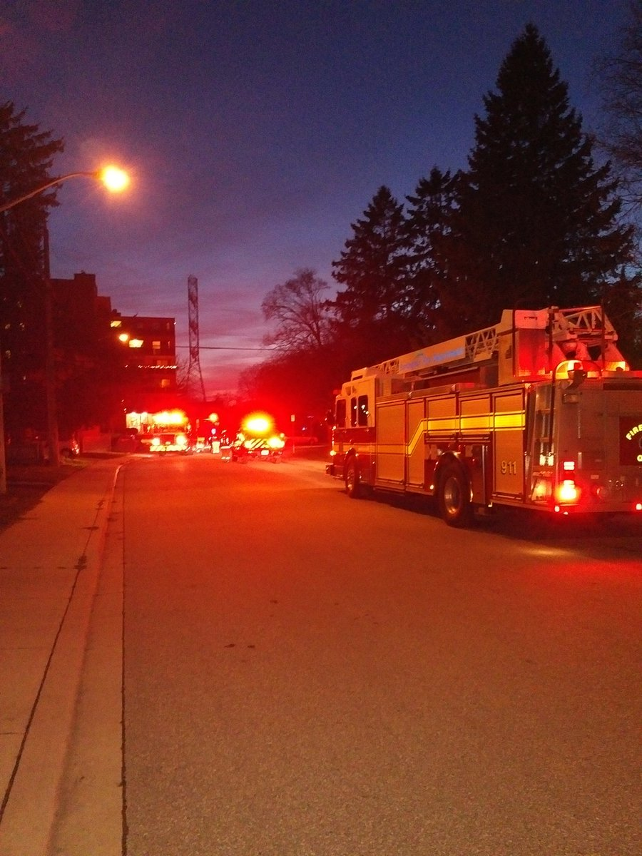 Tons of action near Brentwood Dr and Alfred Cr in #BurlON tonight https://t.co/yjc0VwiFSd