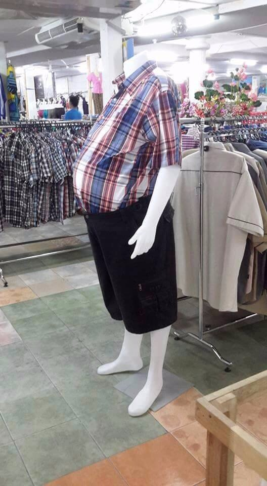 Politically correct  Indian mannequins https://t.co/sJkAjgQqky