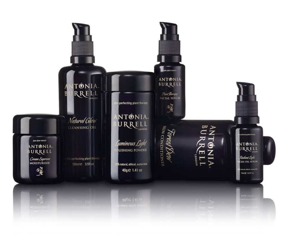 #WIN the WHOLE collection of @antoniaburrell products - our biggest #giveaway EVER! RT & follow to enter #bbloggers https://t.co/ZErGA3a5xv