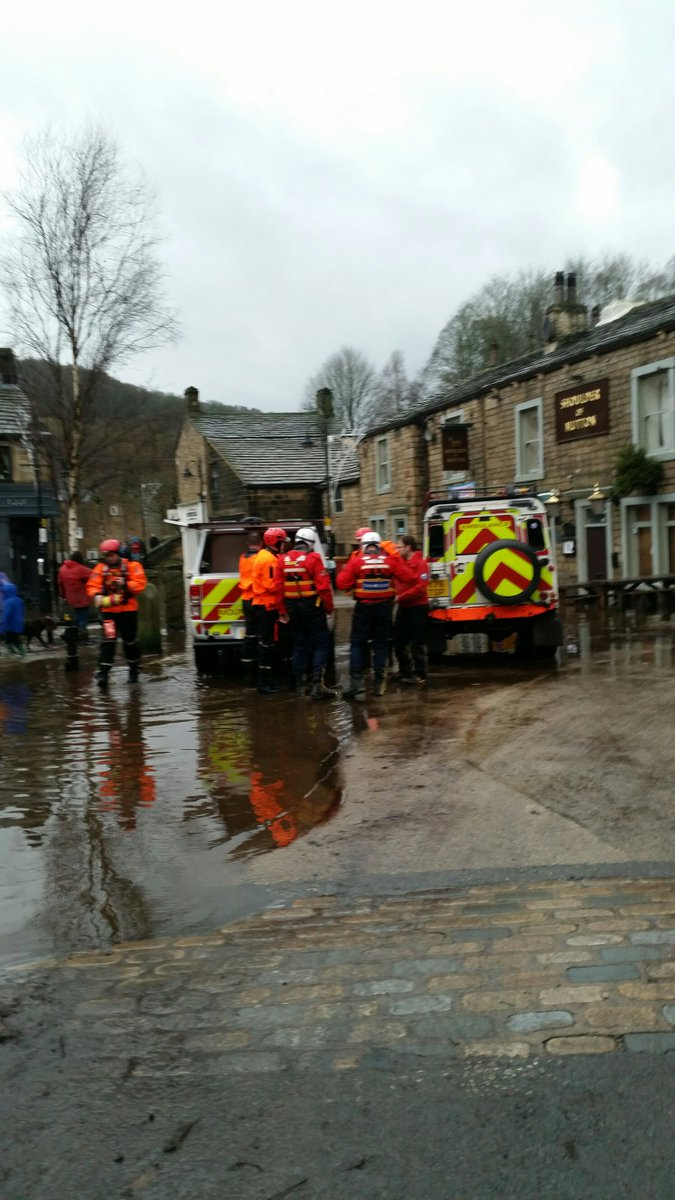 Cavalry are here to rescue someone. @CalderValleySRT https://t.co/wxZALjwOrQ