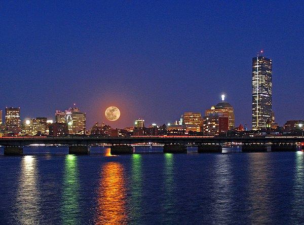 """New artwork for sale! - """"Super Moon over Boston"""" - https://t.co/j6o3fCPnB1 @fineartamerica https://t.co/aVaJWJX66G"""